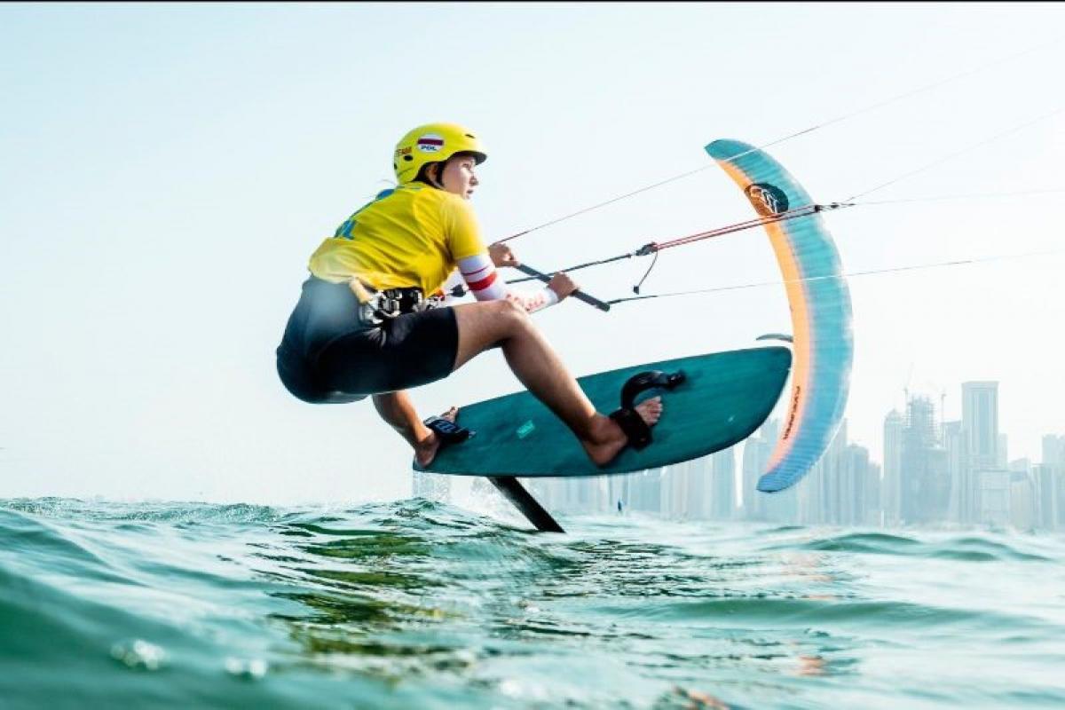 kitesurf con hidrofoil