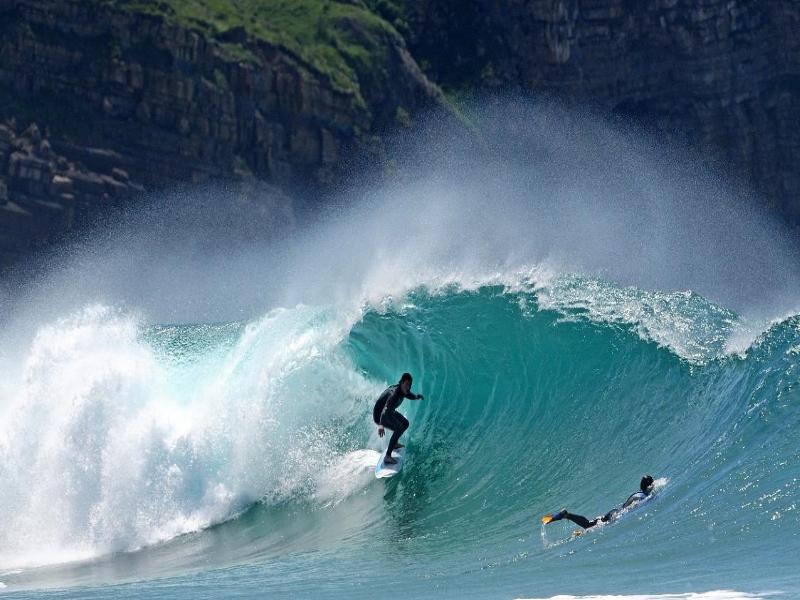 Destinos para surfear Suances, Cantabria, España