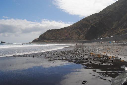 ¿Dónde hacer surf en España? surf spot La Almaciga, Tenerife